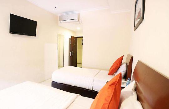 hyper inn bandung rh hyper inn bandunghotel24 com